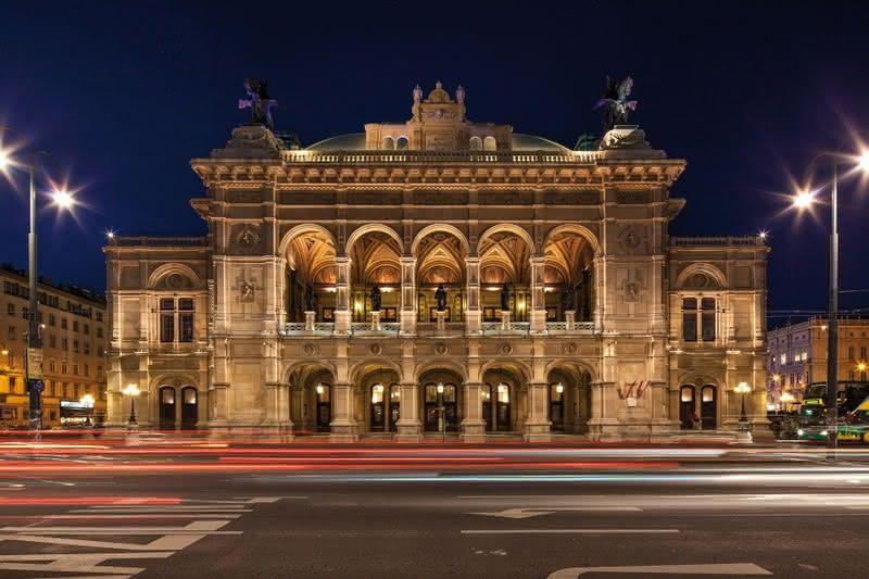 Vienna State Opera House; photo c/o Wien.Info