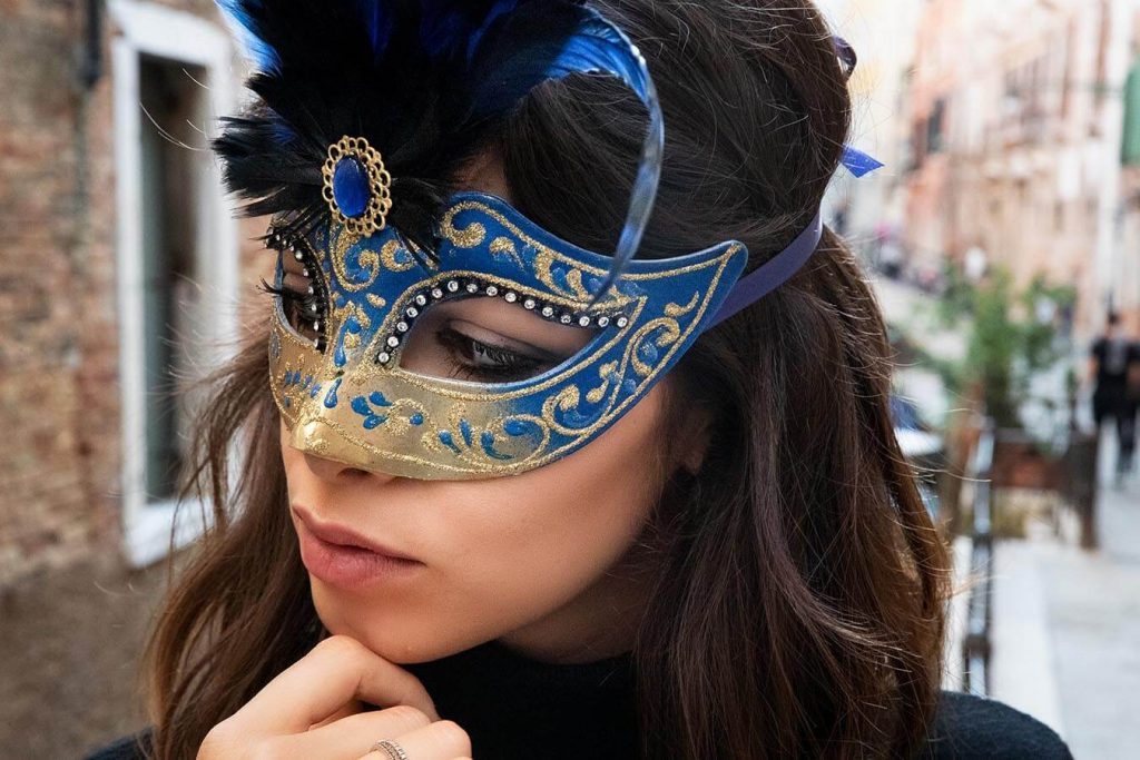 Colombina mask; photo c/o Venezia Maschere