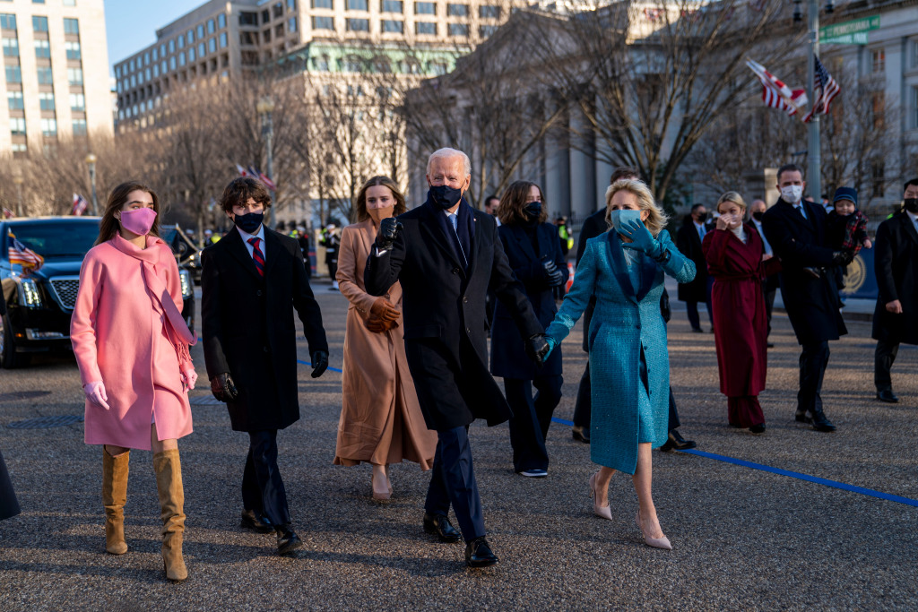 A great example of monochromatic outfits. President Joe Biden, First Lady Jill Biden and family, walk near the White House during a Presidential Escort to the White House, Wednesday, Jan. 20, 2021 in Washington.  (Doug Mills/The New York Times via AP, Pool)