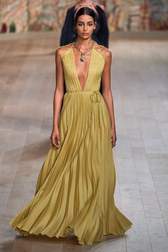 Dior Fall/Winter 2021-22 Haute Couture; c/o Dior